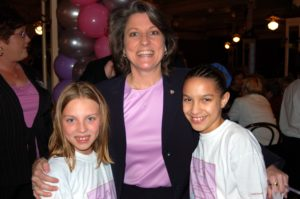 Ten at the Top in Tampa Bay Premiere Party - Renee Warmack with girls being inspired